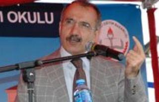 Milli Egitim Bakani Ömer Dinçer:`Kazalarin Önüne...