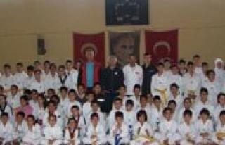 Taekwondo 2012 Ikinci Dönem Kemer Snavlari Yapildi
