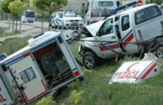 Cezaevi Nakil Araci Ile Ambulans Çarpisti: 7 Yarali...
