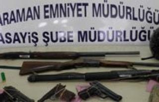 Silahli, Biçakli Kavgada Bir Kisi Yaralandi