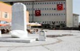 Türkçe Parki'nin Altindaki Otopark Kiraya Verilecek...