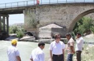 Kadiköy Köprüsü Bakima Alindi