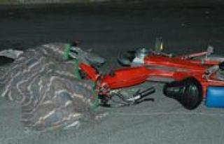 Tir'in Altinda Kalan Motosiklet Sürücüsü Öldü...