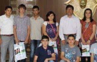 Milli Egitim Müdürü Aksoy'u Ziyaret Ettiler
