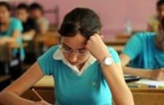 Liselere De E-Kayit Sistemi Geliyor