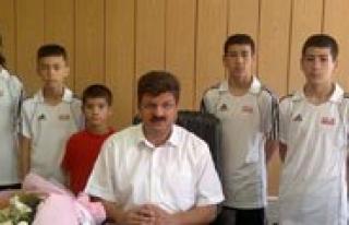 Il Özel Idaresinden Performans Spor Kulübü'ne...