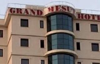 Grand Mesut Otel Hizmet Için Gün Sayiyor