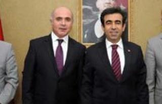 Ankara Karamanlilar Dernegi Yönetiminden Güzeloglu'na...