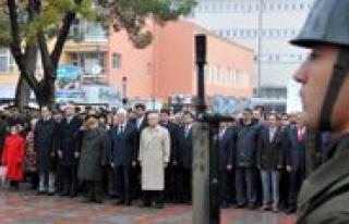 Atatürk Ölümünün 74. Yilinda Törenlerle Anildi