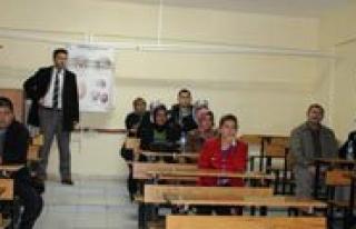 Karaman Anadolu Saglik Meslek Lisesi'nde Hasta Bakimi...