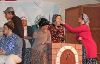 Yilin En Genç Haftasinda Gençler Tiyatroya Doydu