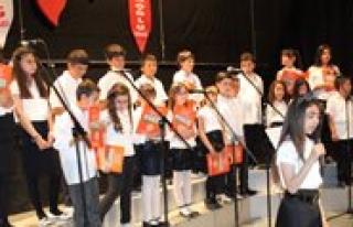 Babaoglu Koleji'nin Konseri Kulaklarin Pasini Sildi