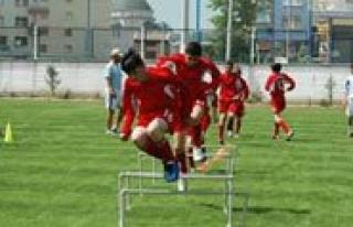 Belediyespor Yaz Futbol Okulu Basliyor