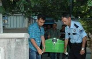 Elektrik Akimina Kapilan Baba Öldü, Oglu Yaralandi...