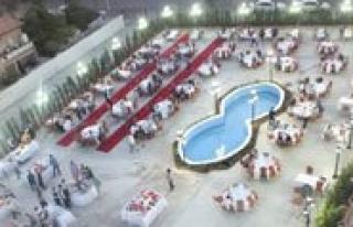 Demosan Spa&Otel'de 5 Yildizli Iftar Keyfi