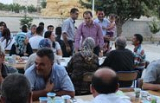 Ayranci Kaymakami Erat'dan Ilçe Halkina Iftar