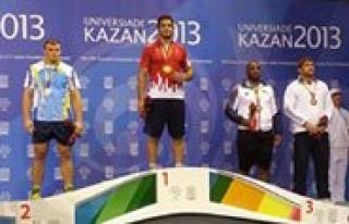 KMÜ'lü Güresçi Taha Akgül Madalyaya Doymuyor