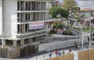 Vatandas: Karaman Belediyesi`nde Durmak Yok Yanlisa...