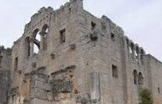 Alahan Manastiri Restoresyon Çalismalari Devam Ediyor