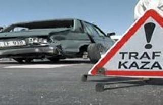 Trafik Kazasi: 11 Yarali
