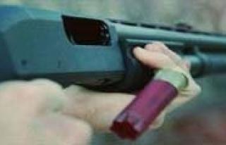 Silahli Kavgada 3 Kisi Yaralandi
