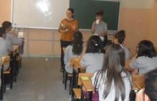 `Piri Reis Gençlik Merkezi` Tanitim Çalismalarina...