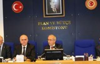 Basbakan Erdogan'dan Lütfi Elvan'a Tesekkür