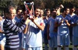 KMÜ Futbol Takimi Sampiyon Oldu