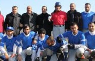 Karaman'da Beyzbolcu Vali Yardimcisi