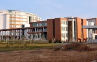 Yeni Devlet Hastanesi 9 Ocak'tan Itibaren Hizmet...