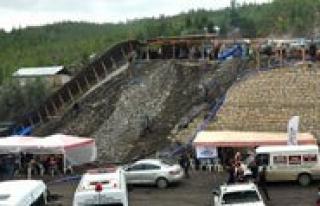 Madenden Çikarilan 8 Isçinin DNA Örnekleri Ankara`ya...