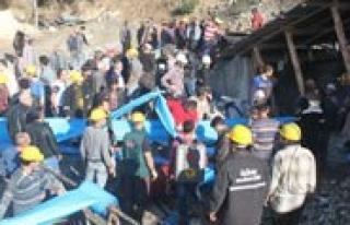 Ermenek'te Madenci Ailelerine Aylik Baglandi