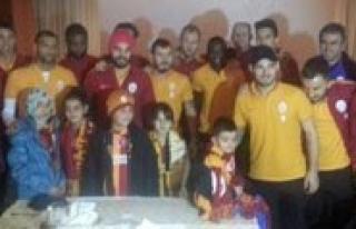 Ömer Asaf, Galatasarayli Futbolcularla Bulustu