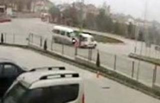 Trafik Kazasi Güvenlik Kamerasinda