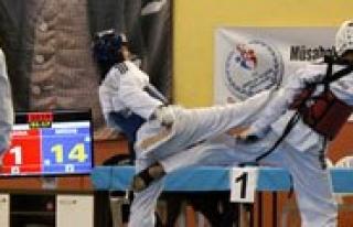 Yildizlar Badmintonda Sampiyonlar Belli Oldu