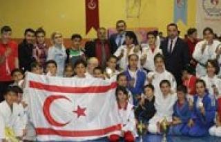 Türk Dil Kupasi Judo Sampiyonasi Sona Erdi