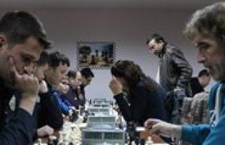 Karaman Valiligi Kurumlar Takim Satranç Turnuvasi...