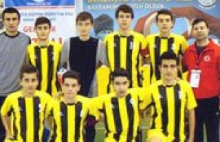 Futsal'da Irfan Ataseven Anadolu Lisesi Rüzgâri...