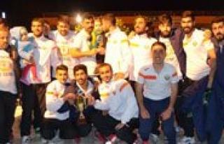 Kozan Belediyespor 15 Yil Sonra 3. Lig`de