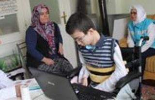 Erenoglu, Çocuk Bayraminda Çocuk Hastalari Ziyaret...