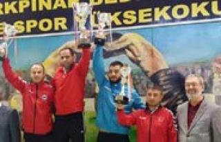 KMÜ Güres Takimi Türkiye Sampiyonu Oldu