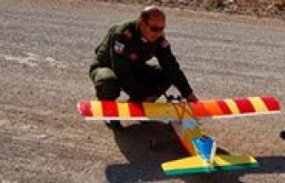 Model Uçak Kursu Yogun Ilgi Görüyor