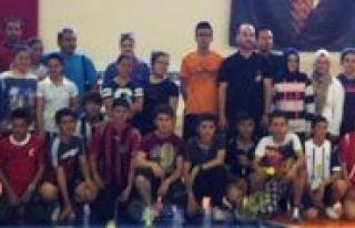 Gençlik Haftasi Badminton Müsabakalari Sona Erdi...