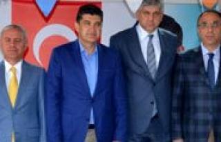 AK Parti Adaylarina Destekler Devam Ediyor