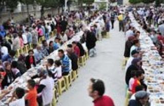 Iftar Sofrasi Kemal Reis I.Ö.O. Bahçesinde Kurulacak