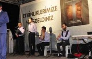 Ramazan Etkinliklerinde Mehmet Diker Sahne Aldi
