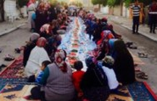 Cumhuriyet Mahallesinde Iftar