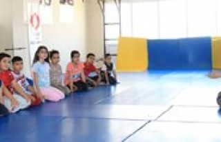 Judo Kurslari Devam Ediyor