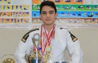 Karamanli Judocu TOHM'ye Davet Edildi