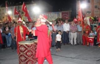 Karaman'da Mehter Takımı Demokrasi Nöbetine Renk...
